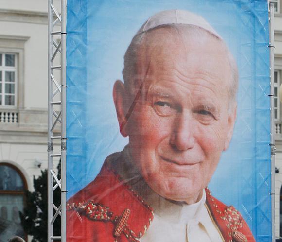 El Vaticano anuncia que Juan Pablo II y Juan XXIII serán proclamados santos