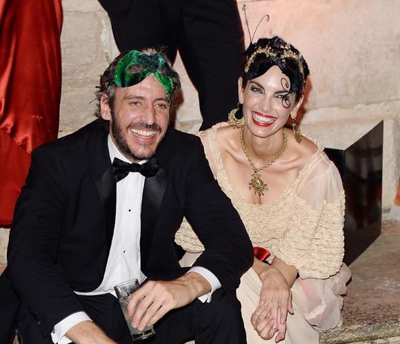 Eugenia Silva y Alfonso de Borbóndelumbrantes en un baile de máscaras en Venecia