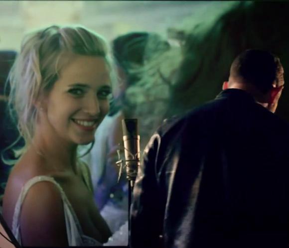 Luisana Lopilato hace una aparición sorpresa en el nuevo vídeo musical de su marido, Michael Bublé