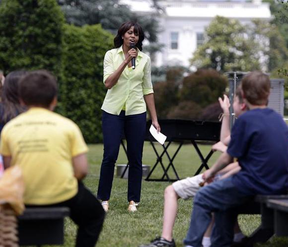 Michelle Obama promueve la salud infantil con un discurso en el Consejo Nacional de La Raza