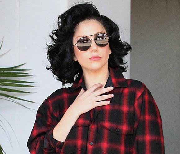 Lady Gaga también puede ser una chica 'normal'