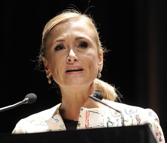 La delegada del Gobierno en Madrid, Cristina Cifuentes, herida grave en un accidente de moto