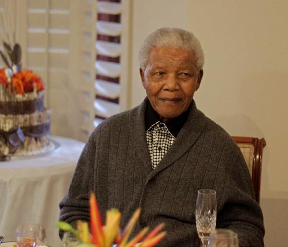 La Presidencia de Sudáfrica niega que Mandela haya abandonado el hospital