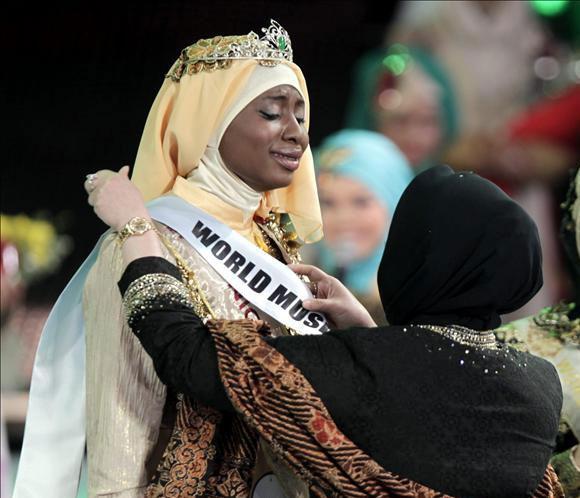 Una nigeriana gana un certamen de belleza sólo para musulmanas