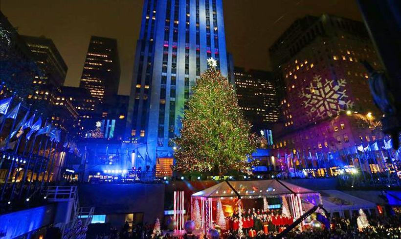 Luces de arbol de navidad rbol de navidad con luces led - Arbol de navidad hecho de luces ...