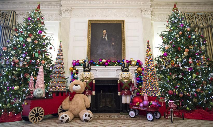 La espectacular decoraci n de la casa blanca por navidad - Decoracion casa en navidad ...