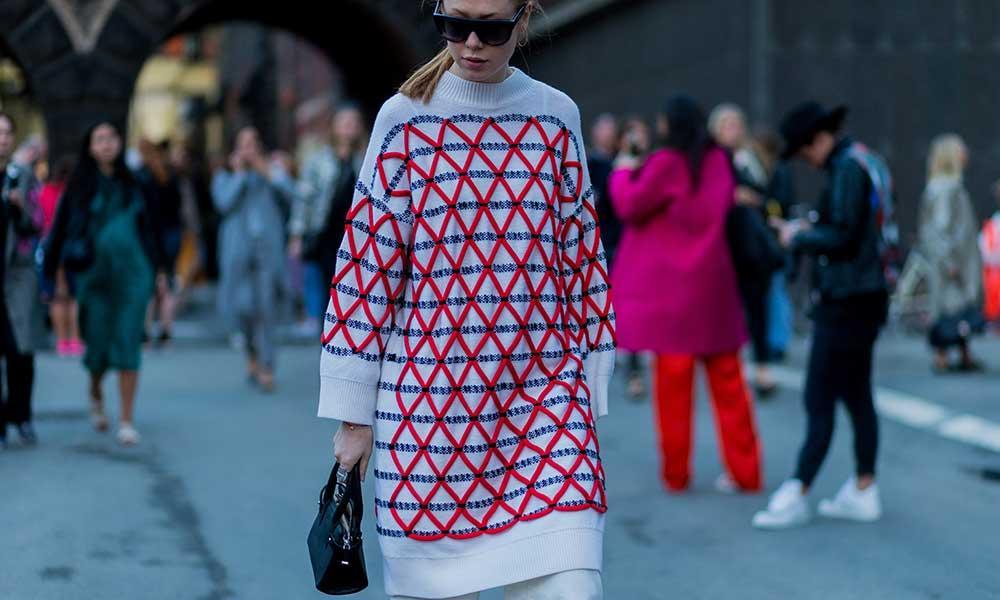 El jersey de punto \'oversize\', tu nuevo vestido | Noticias - hola.com
