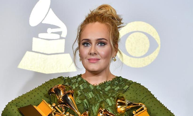 Adele revela que tiene una cuenta secreta en Twitter para escribir 'lo que le da la gana'