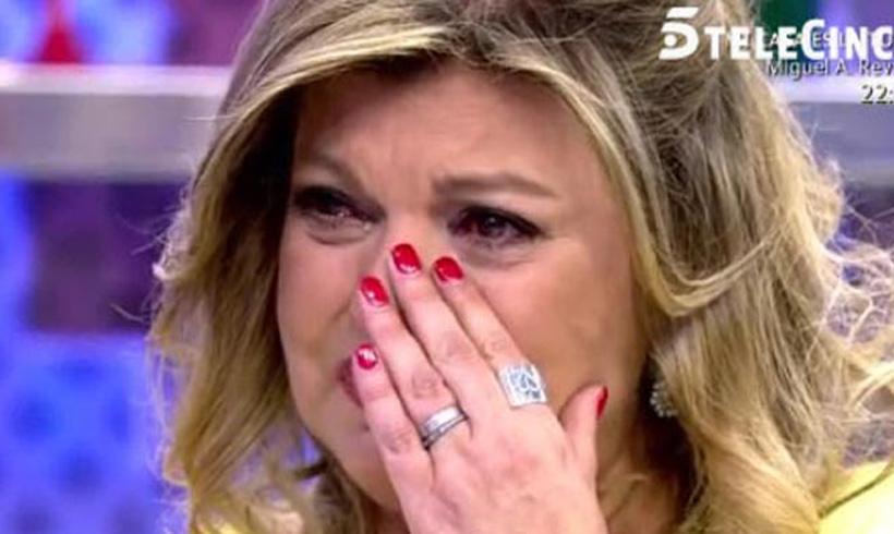 Terelu Campos no puede contener las lágrimas en directo