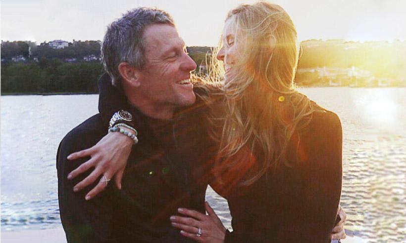 Lance Armstrong anuncia su compromiso con Anna Hansen: '¡Ella dijo... sí!'
