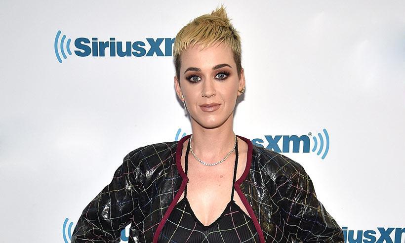 'No dejéis que ganen': Katy Perry rompe a llorar al recordar a las víctimas de Mánchester