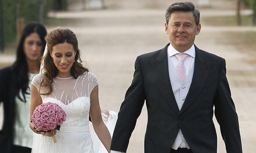 Miki Nadal celebra sus tres años casado con Carola Escámez