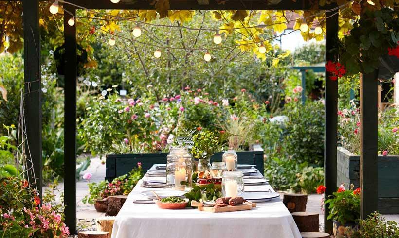 Iluminar el exterior: jardines y terrazas con luz propia