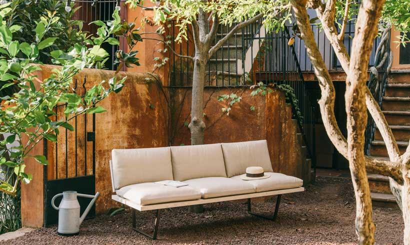 15 asientos para sentarse al fresco y disfrutar del verano for Asientos para terrazas