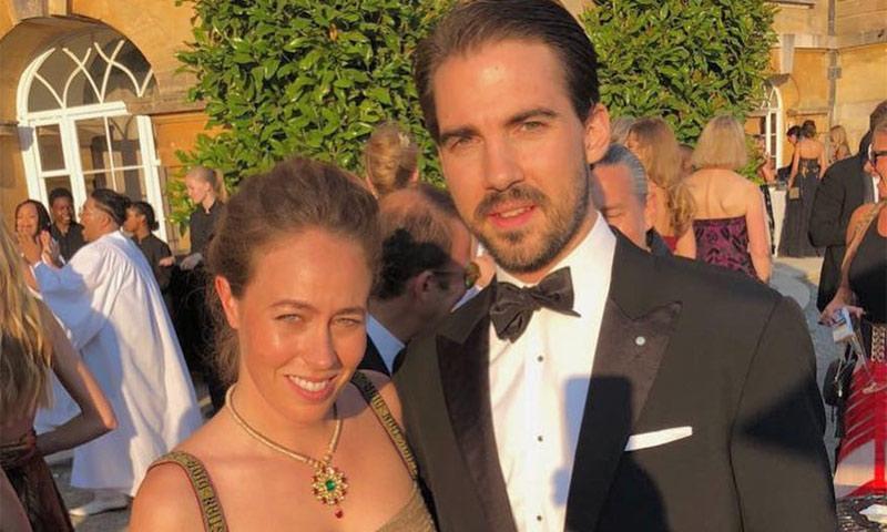 Nina Flohr, novia de Philippos de Grecia, ya es una más de la ...