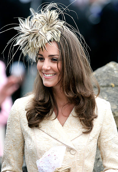 Ideas para invitadas: ¿te atreves con los tocados 'a lo Kate Middleton'?
