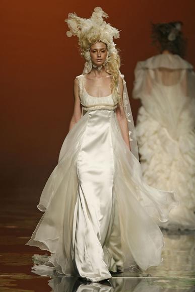 barcelona bridal week 2010: el cuento de hadas de victorio & lucchino