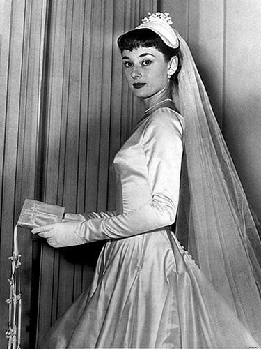 Одри Хепберн.  Свадебные платья сбежавшей принцессы.