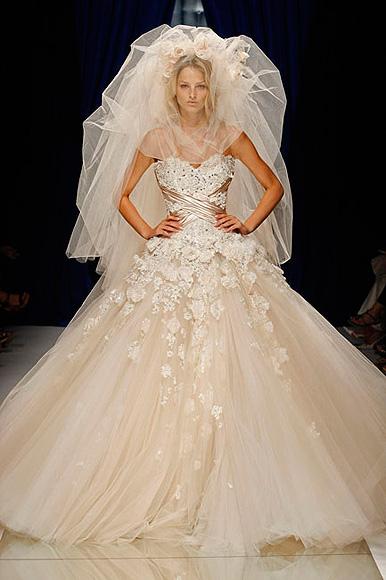Tendencias \u0027Haute Couture\u0027 Te enseñamos los vestidos de novia más lujosos  vistos en París