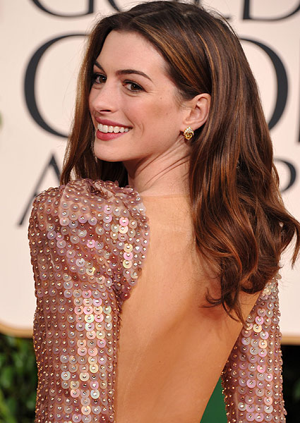 Las 'celebrities' se apuntan a los vestidos con espalda al aire