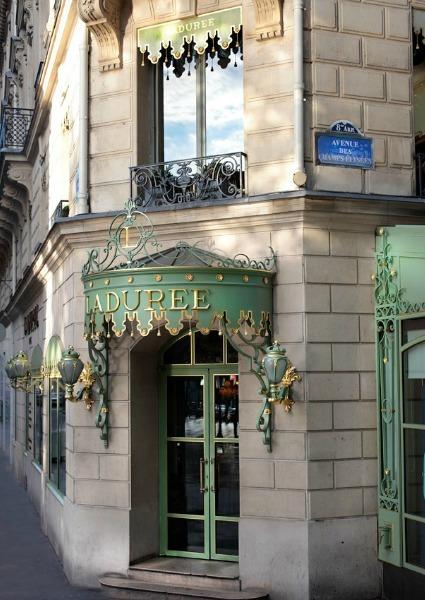 Una boda 'a la francesa' en Ladurée