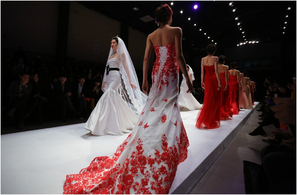 para novias en la Mercedes Benz China Fashion Week