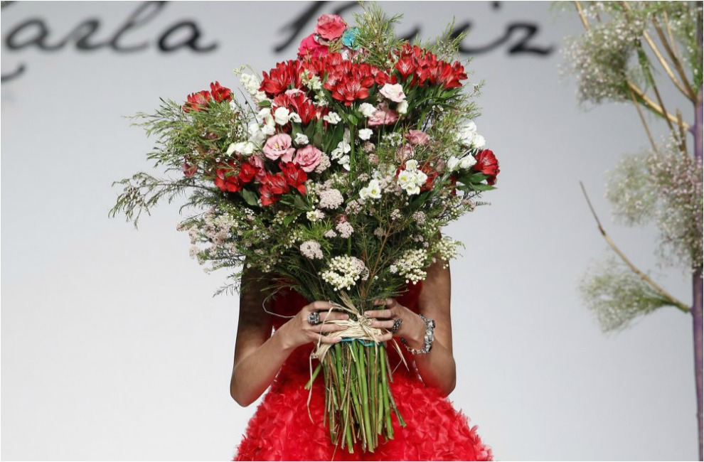 los ramos de novia ms bonitos de las pasarelas nupciales - Ramos De Flores Bonitos