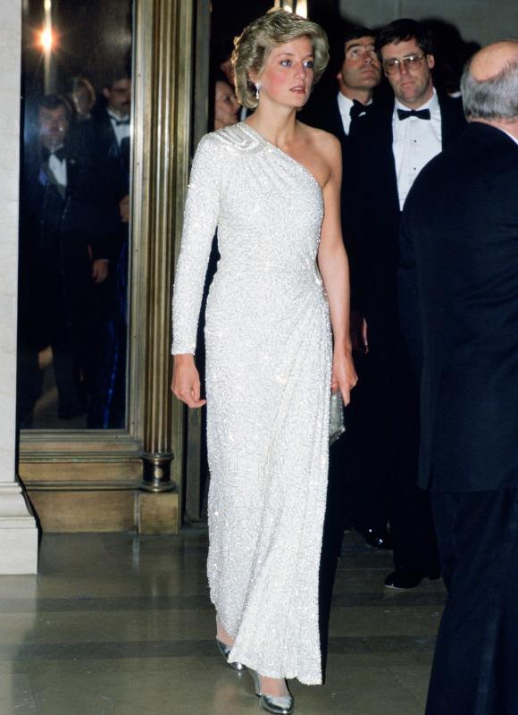 Los vestidos m s ic nicos de diana de gales foto 5 - Diana de colores ...
