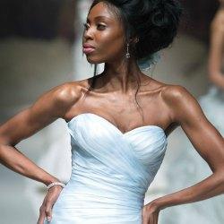YolanCris desvela las primeras tendencias de novia para 2015 en la pasarela de Londres