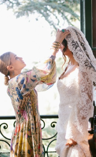 El primer vestido de novia de Ashley y Mary-Kate Olsen
