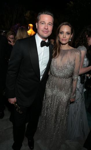 Así fue el espectacular vestido de novia de Angelina Jolie