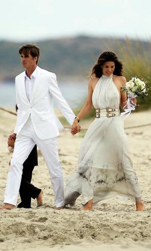 El 'hippie chic' de las novias con vestidos ibicencos