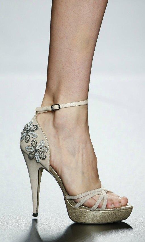 Más sobre vestidos de novia , zapatos