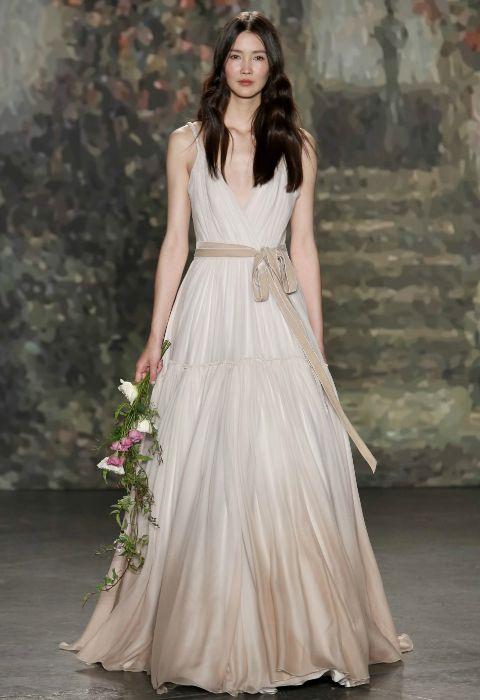 una novia en 'tecnicolor': ideas para no casarse de blanco