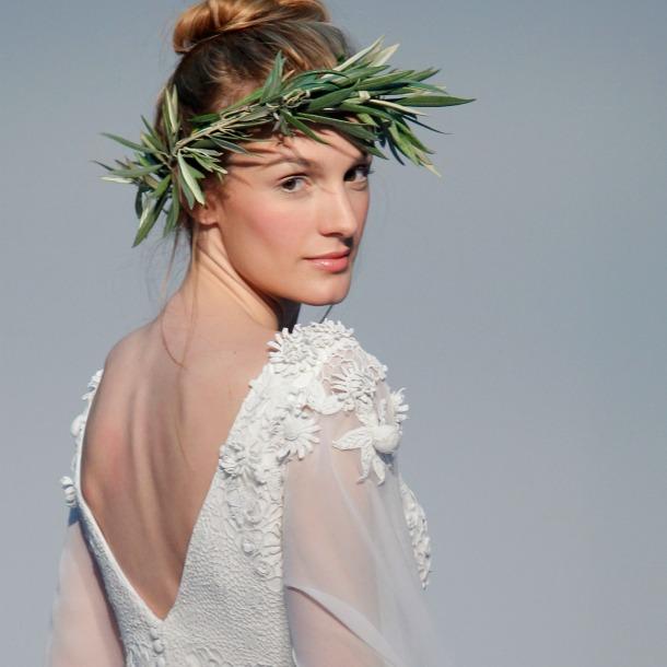 342e93585 Costura España 2017  Hannibal Laguna vuelve a la novia clásica - Foto