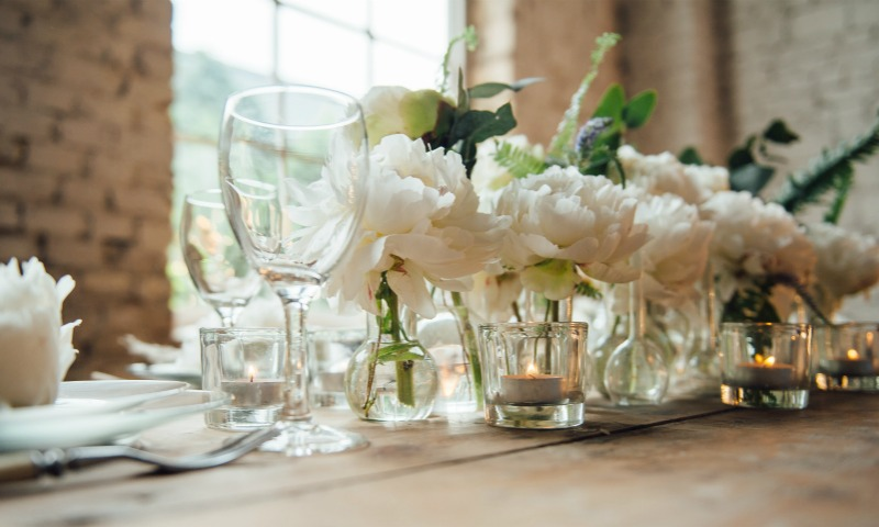 Como hacer una boda economica y bonita regalos de los for Como organizar una boda civil sencilla y economica