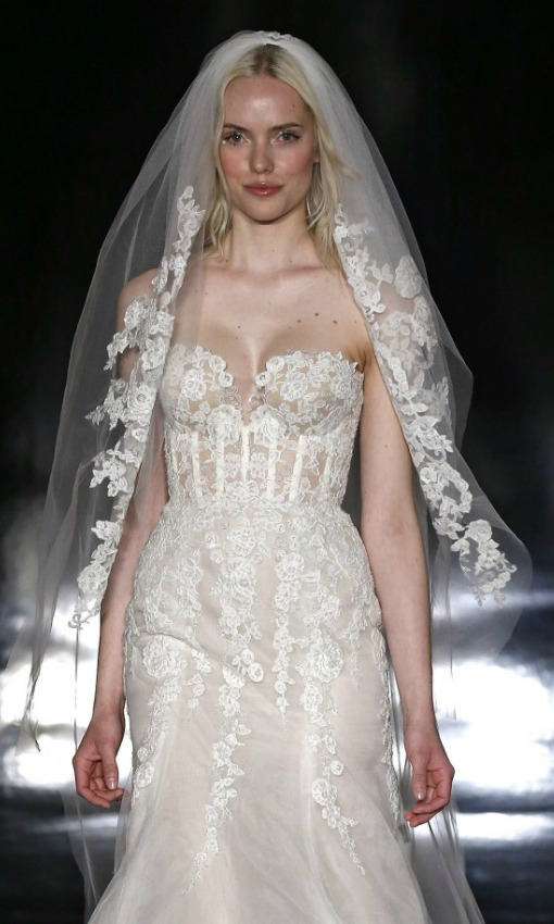 El vestido de novia de \'estilo lencero\' pisará fuerte la próxima ...