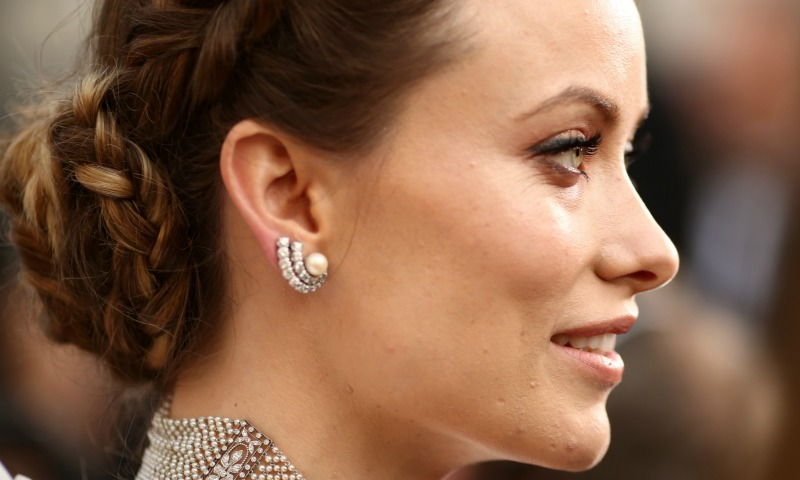 Joyas con perlas que desafían la tradición de la novia