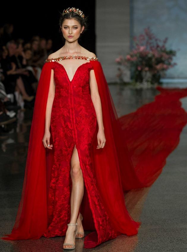 venta caliente más nuevo descuento especial de fotos nuevas Un vestido de novia rojo, y de récord