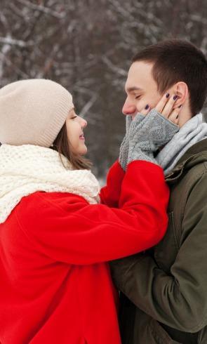 5 'tips' para gastar menos cuando estás invitada a una boda de invierno