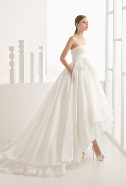 72202820e Tres vestidos de Rosa Clará para una boda de ensueño