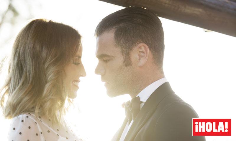 Exclusiva: El 'look' de la novia, los minutos previos... estamos dentro de la boda de Fonsi y Marta