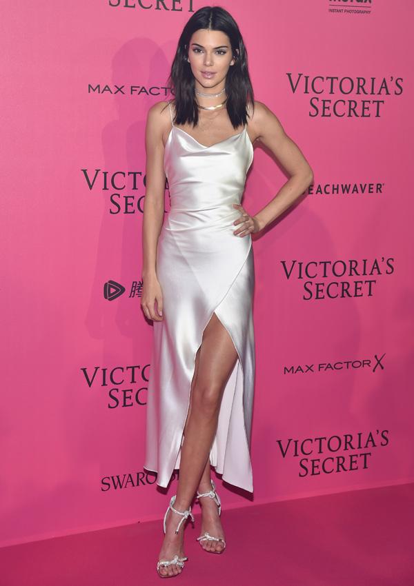Buscas el vestido ideal de invitada? Las celebrities te inspiran ...