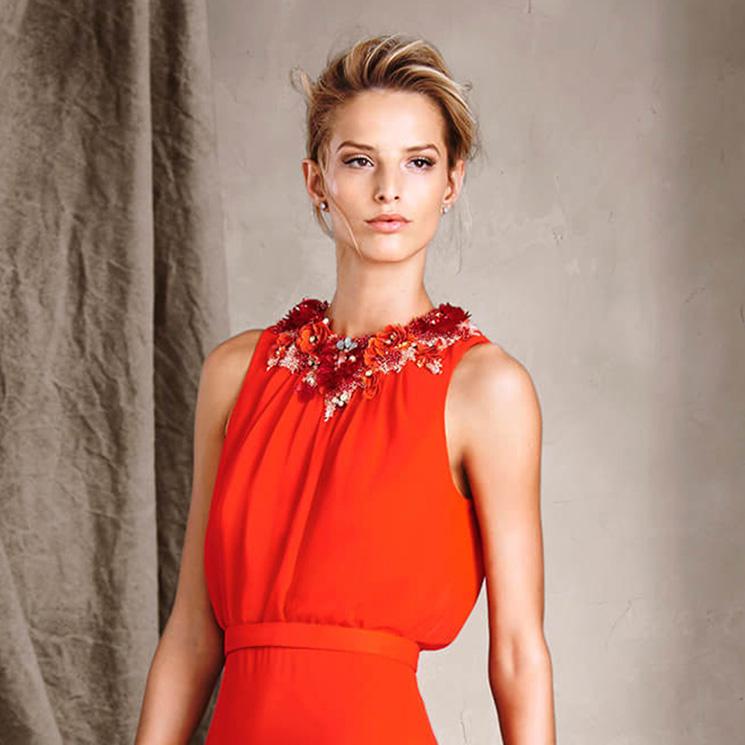 ea59a4236bca El rojo, la elegante y sofisticada apuesta de los vestidos de fiesta ...