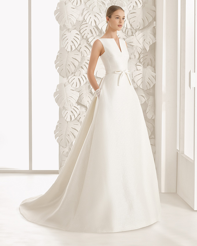 Vestidos de novia con cuello chimenea
