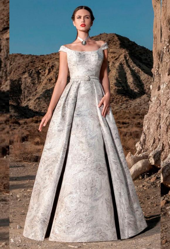 2587ef32cb4a 35 vestidos de fiesta para bodas de tarde, según tu presupuesto - Foto