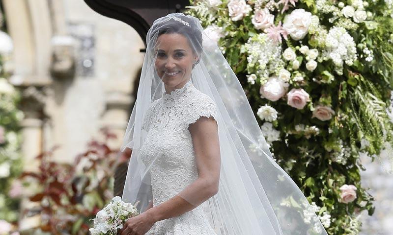 el segundo vestido que llevó pippa middleton el día de su boda era