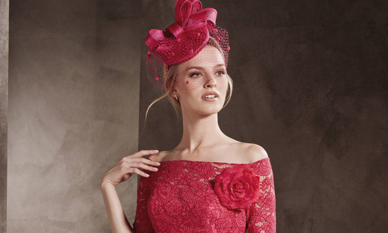 El vestido cóctel y otros diseños con los que serás la madrina más elegante