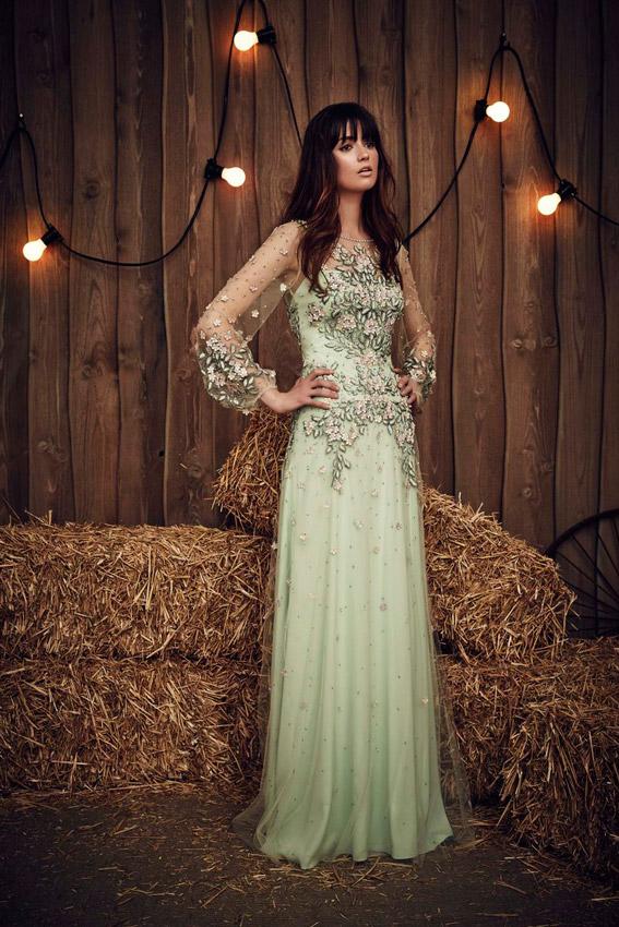 Vestido de novia color verde menta
