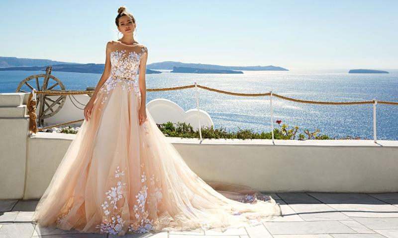 Vestido de novia sencillos color perla